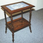 servírovací stolek -holandské kachle, po opravě